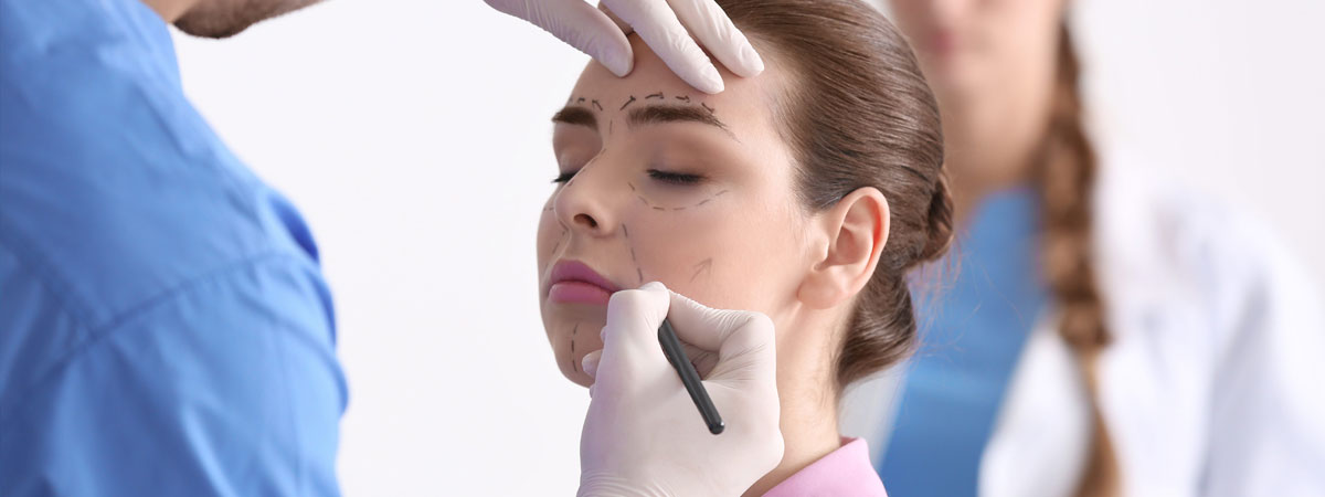 3 WAYS PLASTIC SURGERY HELPS PATIENTS STAY HEALTHY